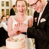 Tortenanschnitt Brautpaar Reportage Fotos