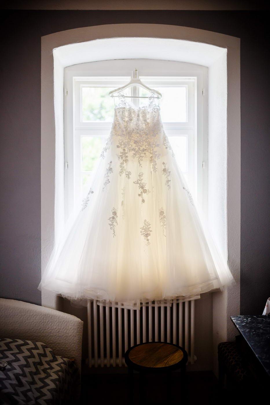 Brautkleid Getting ready Hochzeitsfotos