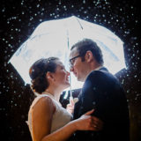Hochzeitsfotos Winterhochzeit Schnee Bilder Portraits Schirm