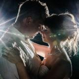 emotionale Nachtportraits Brautpaar